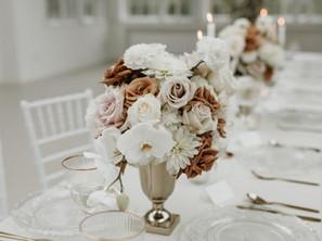 Was kostet eine Hochzeit? So viel Kosten Brautstrauß, Tischdeko & Co.