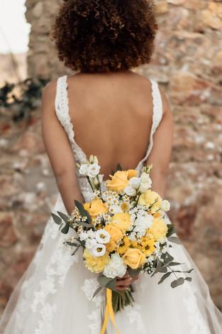 Brautstrauß Rücken.jpg