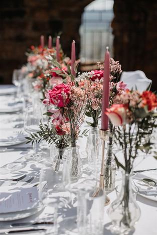 Tischdeko Hochzeit rosa.jpg