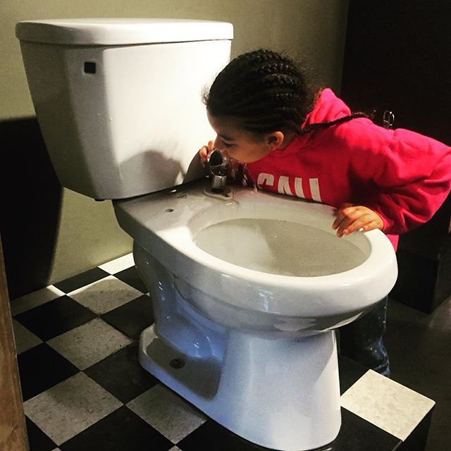We can't take this girl anywhere! Drinking out of toilets 😂 #ToiletDrinkingFountain #Exploratorium #SanFrancisco #BayExplorers #WhatToDoWith