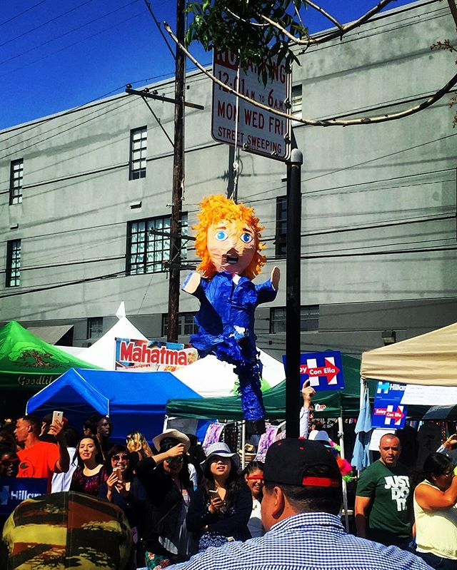 So we in the Mission & of course there was a Donald Trump piñata hanging from the parking sign, lmaoooo 😂😂😂 #Carnaval #SanFrancisco #BayExpl