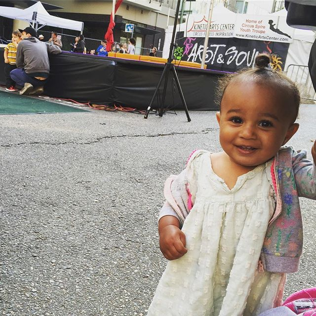 Little piece of my heArt & soul right there!👶🏽 #ArtAndSoulFestival #Oakland #BayExplorers #Baybe #PlayAllDay #Kids #HaveFun #GetAwayFromYour