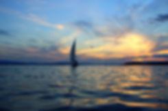 Lakefront Retreat Sunset Sail