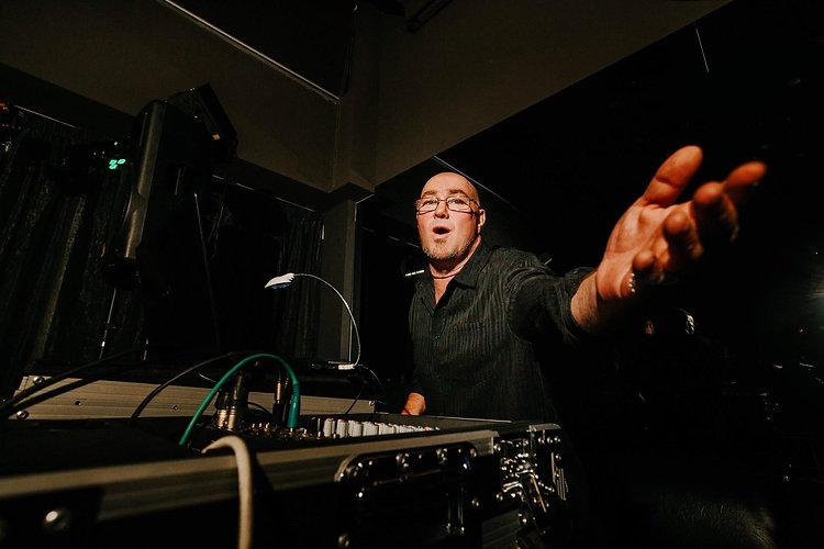 DJ Aaron NYE.jpg