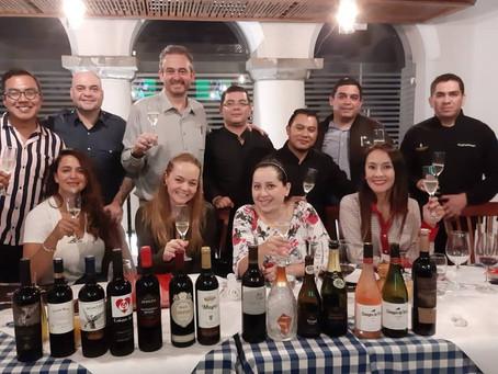 Familia Sommelier Escuela Gourmet del Vino & Cata