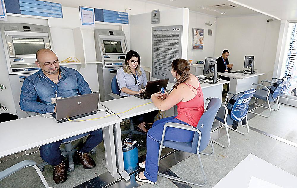 A Caixa Econômica Federal espera um crescimento de 20% nos contratos de financiamento imobiliário/Wilson Dias/ABr