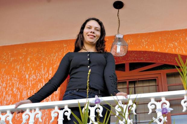 Atualmente desempregada, Renata de Sousa vai voltar a procurar um imóvel no ano que vem. Foto: João Godinho