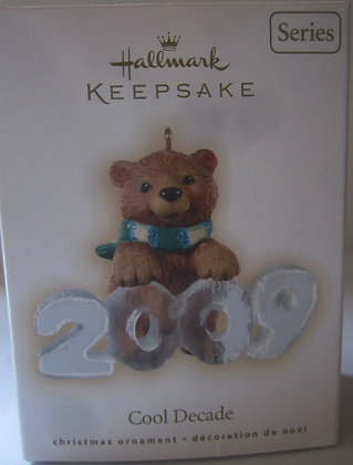 2009 Hallmark Cool Decade Christmas Tree Ornament