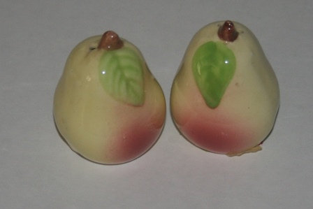 Ceramic Pears Salt & Pepper Shaker Set