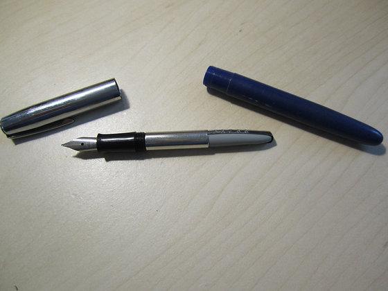 Waterman's Fountain Pen Gold Clip Grey