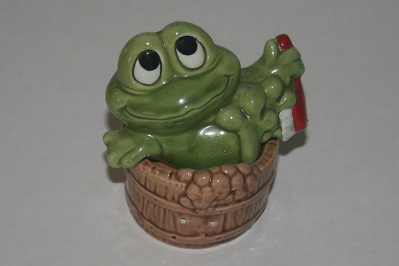 Ceramic Frog In Cup Salt and Pepper Shakers