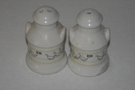 Vintage Ceramic Milk Can Salt & Pepper Shake