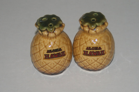 Ceramic Hawaiian Pineapple Shaped S/P Shakers