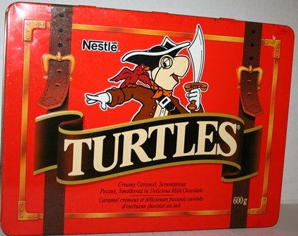 NESTLE TURTLES tin/PIRATES/treasure chest