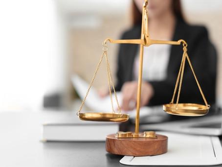 Para fazer divórcio em cartório no Paraná, é preciso de advogado