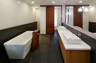 bathroom-design-minimalistic-.jpg