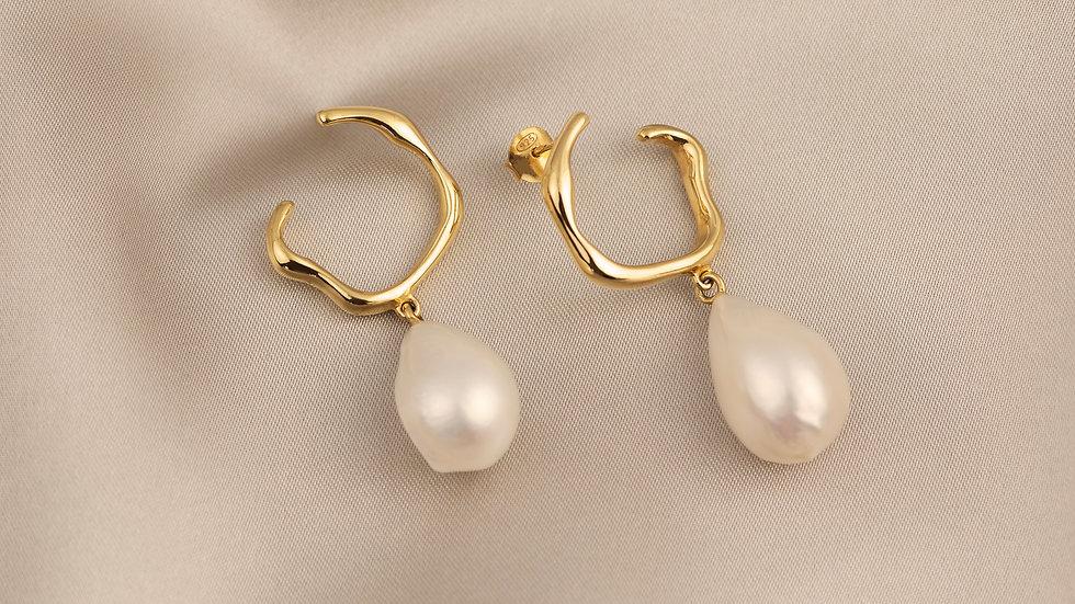 Evelyn Cocktail Earring