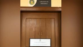 UFOPA de Monte Alegre instala placas com indicações em libras e braile