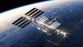 Um laboratório no espaço que observa a terra 24 horas por dia