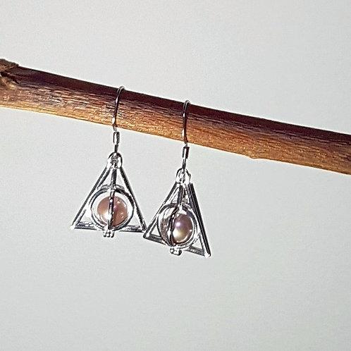 Geo-Triangle Earrings