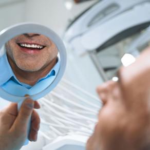 Jak najlepiej trzeba dbać o implanty zębowe?