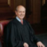 220px-Stephen_Breyer,_SCOTUS_photo_portrait 2.jpg