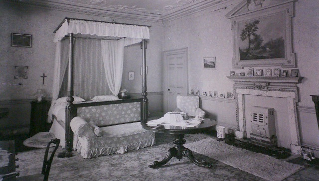 Nightingale Bedroom