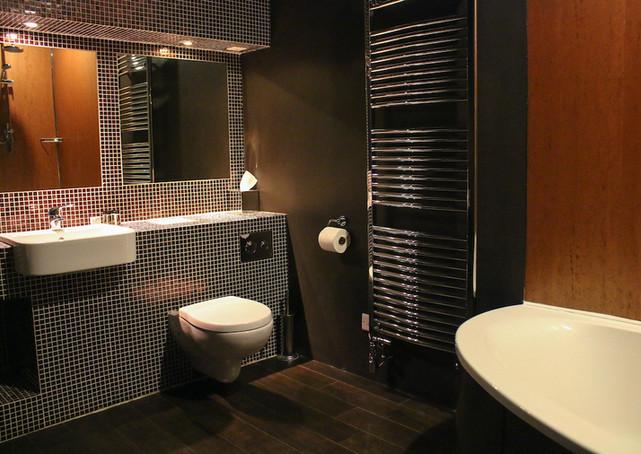 Lord Byron Bathroom