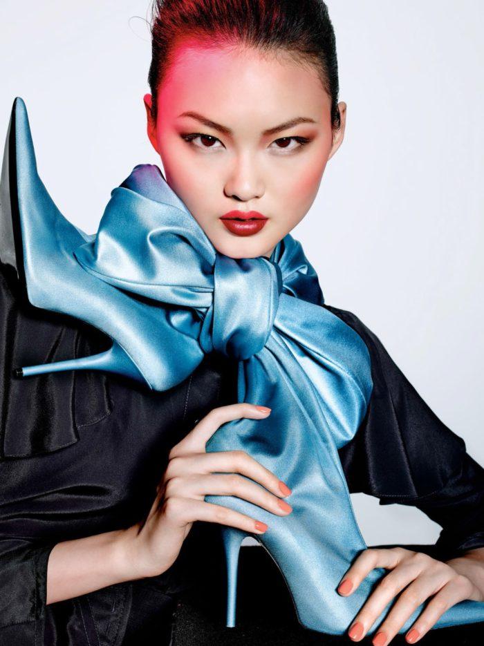 Vogue-China-February-2017-Dior-Beauty-He-Cong-by-Richard-Burbridge-Peter-Philips-02-700x935