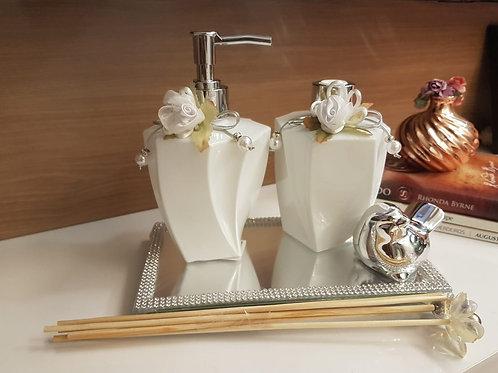 Kit Luxo Prata White- Difusor de varetas, sabonete liquido, bandeja e passarinho