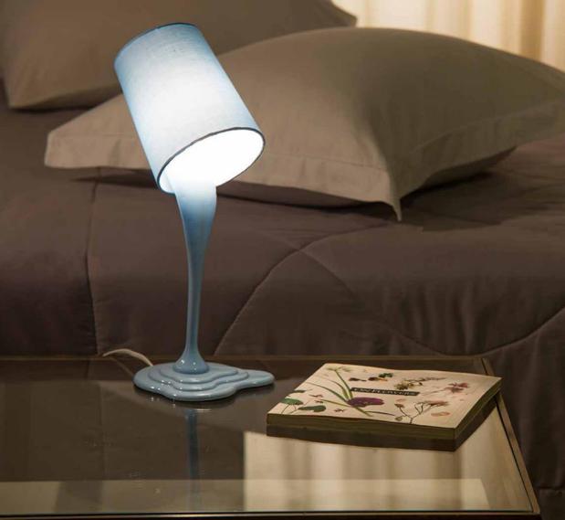 Luminária de mesa estilo abajur