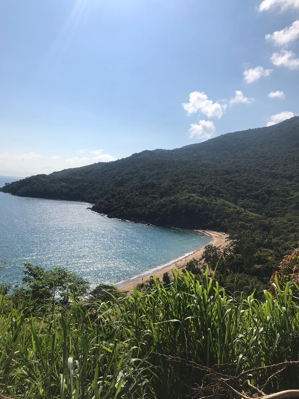 Vista Praia Jabaquara Ilha Bela - Boa praia para se divertir com crianças