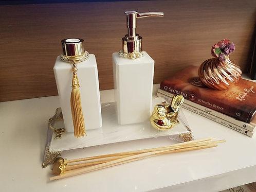 Kit Luxo Dourado - Difusor de varetas, sabonete liquido, bandeja