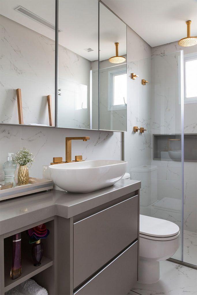 Decoração para banheiros metais dourados