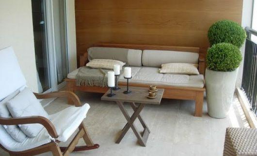 cadeira de balanço na decoração area externa