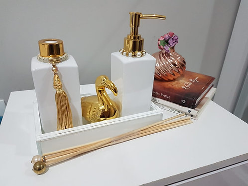 Kit Luxo Dourado - Difusor de varetas, sabonete liquido, bandeja e cisne