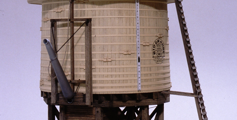 Octagon-roof water tank - S scale