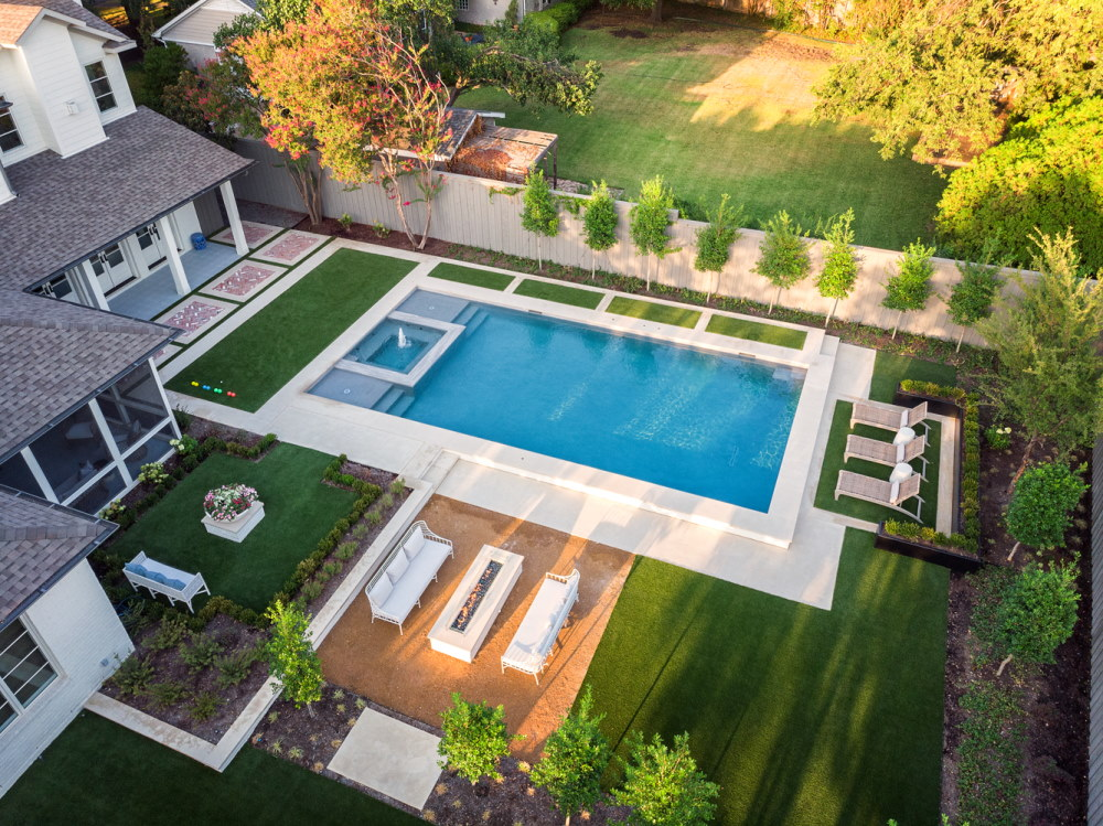 Dallas Inwood Estates Transitional Modern Swimming Pool + Courtyard