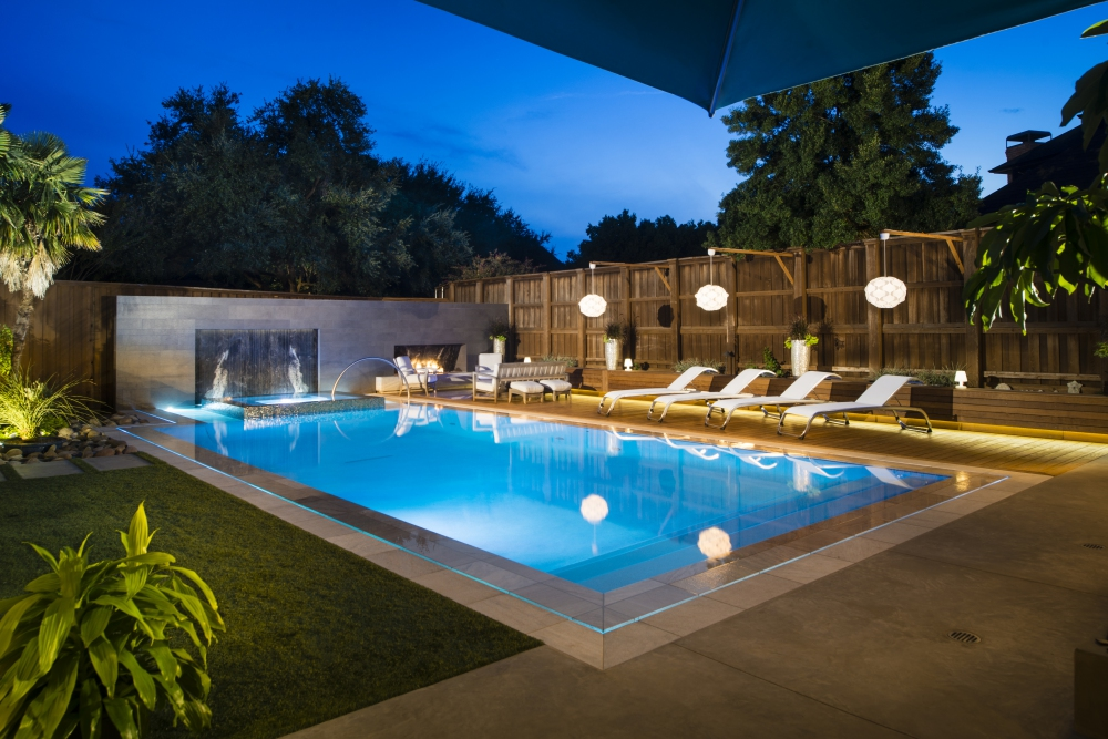Plano, TX Modern Negative Edge Pool