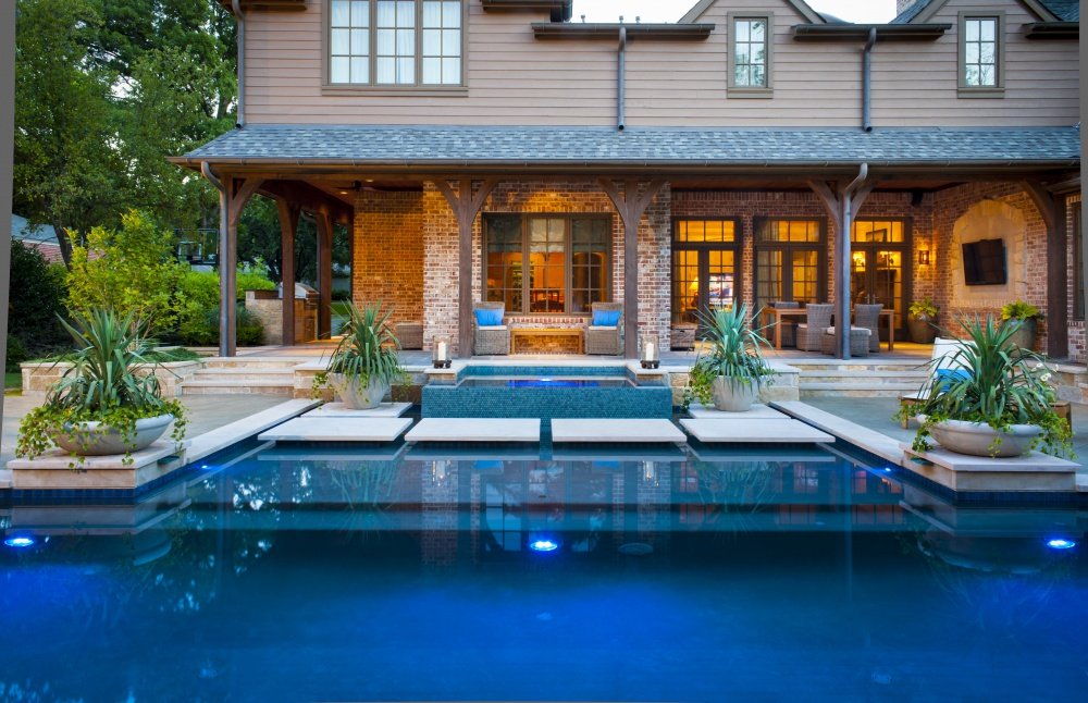Dallas Modern Pool & Raised Spa