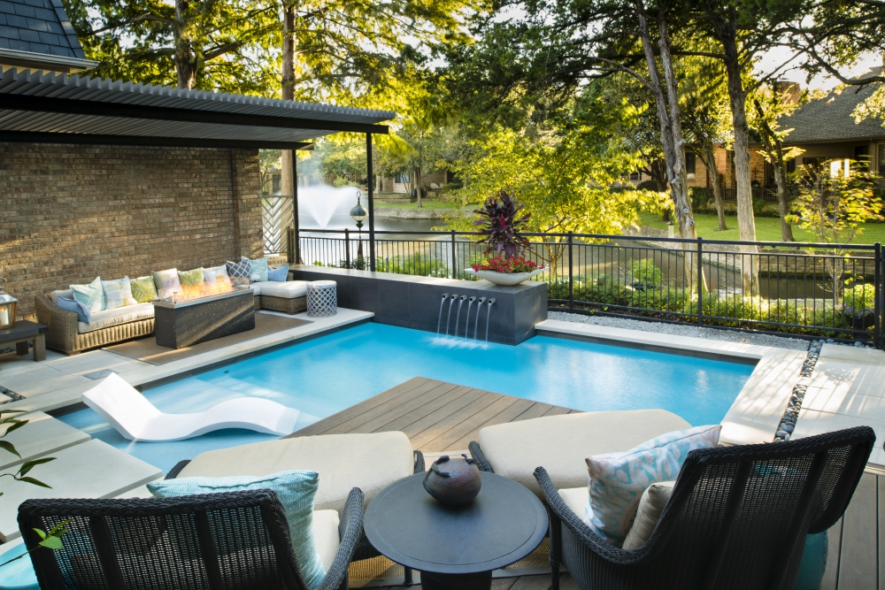 Dallas, TX Courtyard Pool Renovation