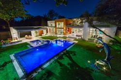 Dallas Modern Raised Overflow Pool