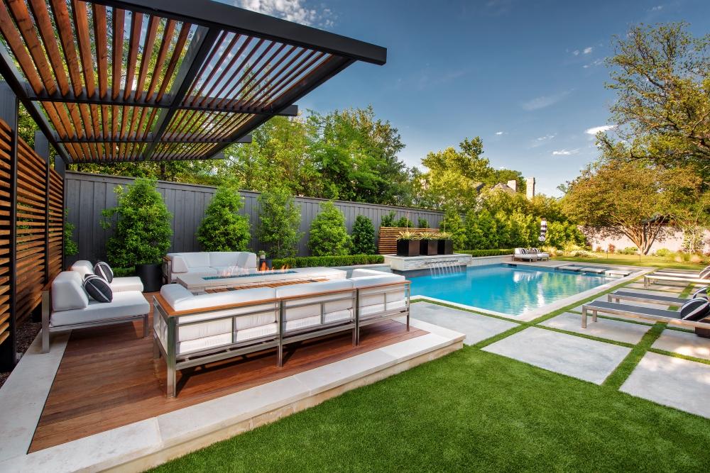 Lansdowne Modern Pool + Spa