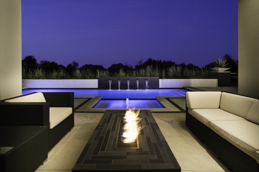 Dallas, TX Linear Pool Renovation
