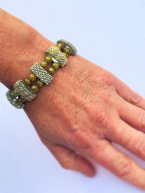 Carrier Bead Bracelet