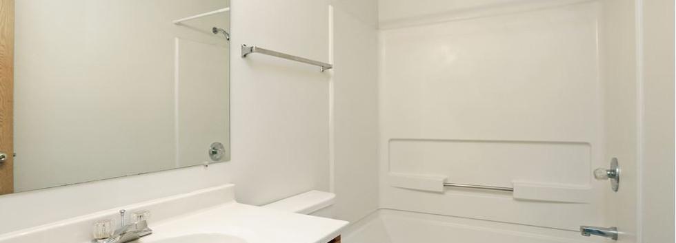 Ext Master Bathroom