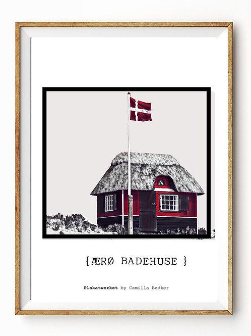 LOVELY DENMARK / ÆRØ BADEHUSE SH