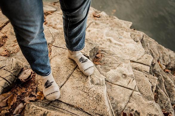 Men's Socks Lifestyle Banner Image - Oatmeal Reflection Performance Mini-Crew