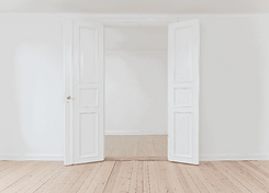 ouverture porte fermee appartement parisien