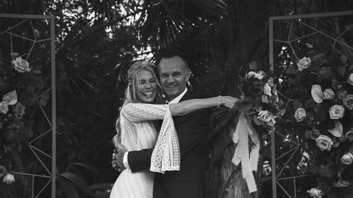 bride & groom 4.jpeg
